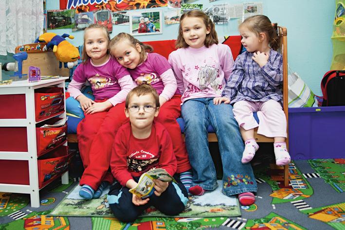 Die Kinder im Alter von 2 bis 8 Jahren.